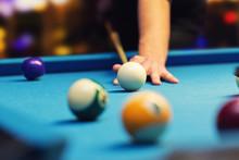 Bar Billiard - Hand Aiming The Cue Ball