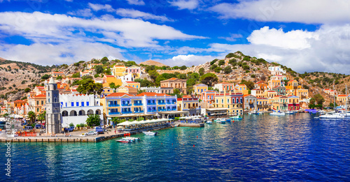 Foto auf Gartenposter Stadt am Wasser Amazing Greece - panoramic view of colorful Symi island, Dodecanesse
