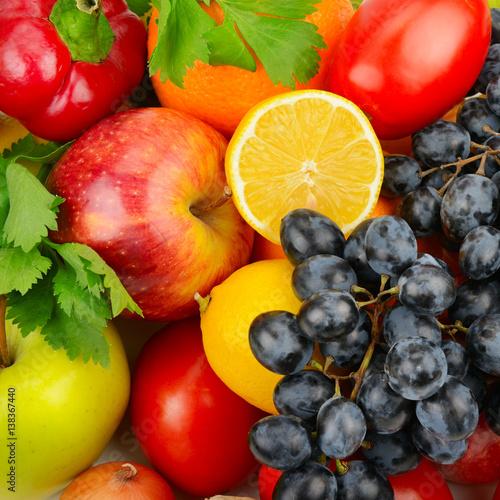 piekne-tlo-zestaw-warzyw-i-owocow