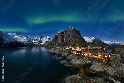 Photo  Hamnoy, Lofoten, Norway2017  - aurora borealis