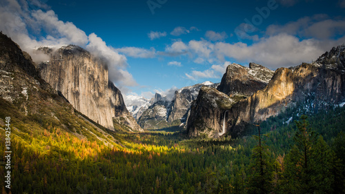 Tunnel View, Yosemite Valley, and Bridalveil Fall After a Winter Storm in Yosemi Canvas Print