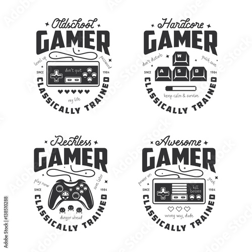 Valokuva  Retro video games related t-shirt design