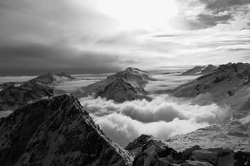 Panel Szklany Góry Montagne più alte delle nuvole