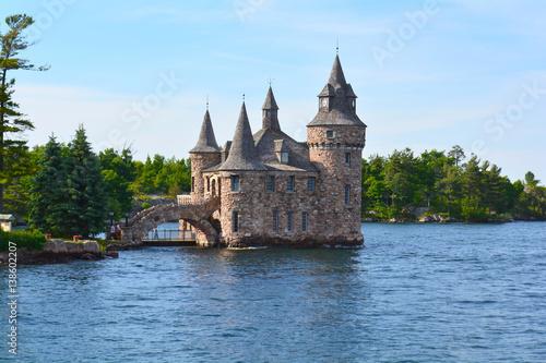 Fotografía  1000 Islands, Thousand Islands - June 19, 2016: Boldt Castle on Heart Island