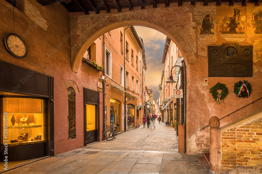 Fototapety, obrazy: shopping street in the center of Ravenna