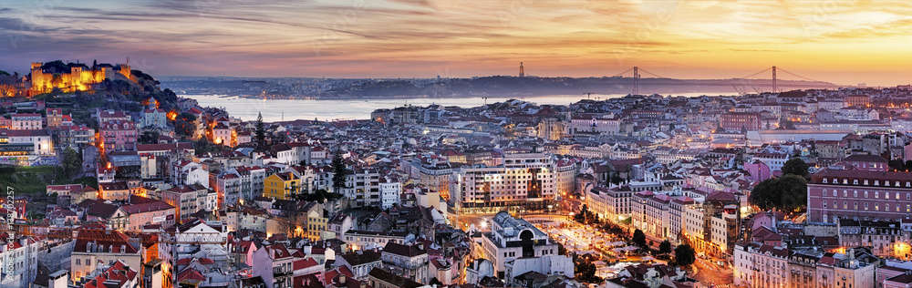 Fototapety, obrazy: Panorama of Lisbon at night, Portugal