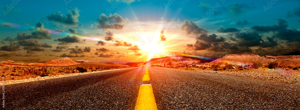 Fototapety, obrazy: Concepto de aventuras y  viajes por el desierto.Paisaje carretera y puesta de sol.