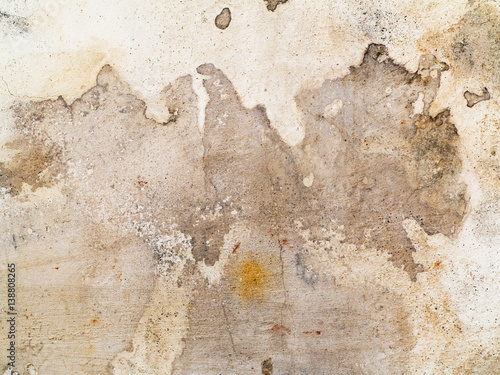 Deurstickers Oude vuile getextureerde muur Dirty stains and cracks on the plaster