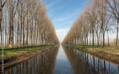 In de dag Brugge Canal in Belgium near Bruges
