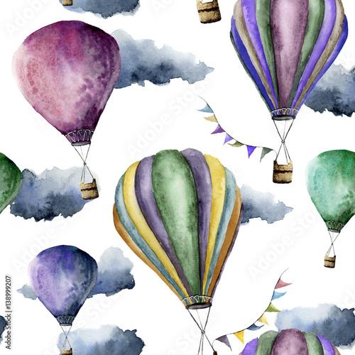 akwarela-wzor-z-jasnym-balonem-przewieziony-ornament-z-choragwianymi-girlandami-i-chmurami-odizolowywajacymi