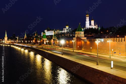 Printed kitchen splashbacks Delhi The river and the Kremlin