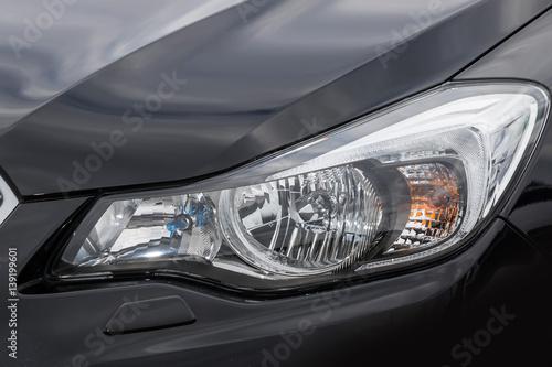 Fototapeta クルマのヘッドライト Headlight of the car obraz na płótnie