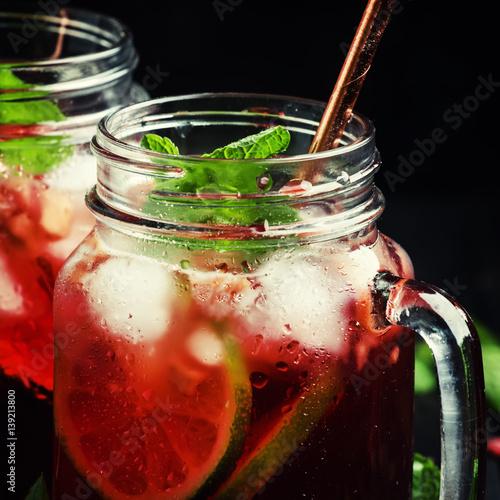 herbata-na-letnie-dni-mrozona-herbata-w-sloiku