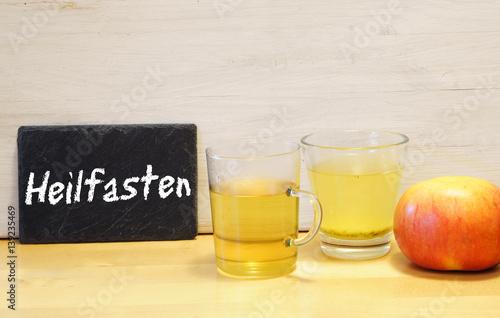 Fotografía  Heilfasten, Fasten, Buchinger, Buchinger-Heilfasten, Tee, Gemüsebrühe, Apfel, Te