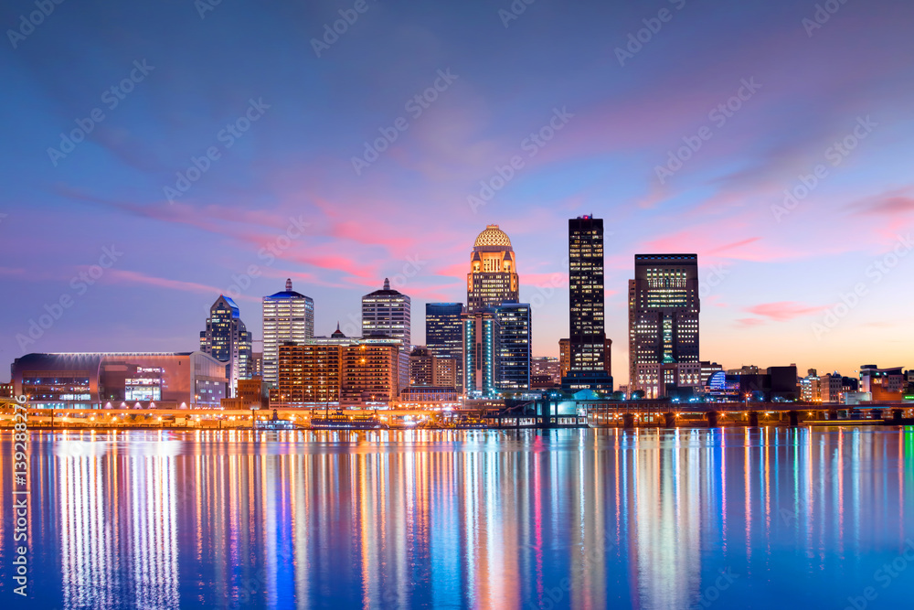Fototapety, obrazy: View of  Skyline downtown Louisville