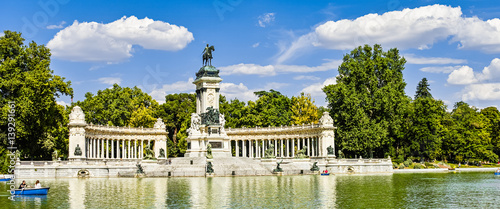 Foto  Retiro park in Madrid