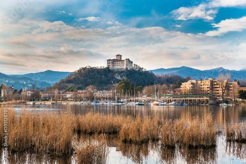 Valokuva  Lake Maggiore, Angera, Italy