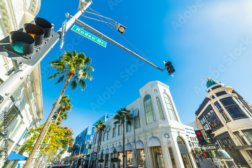 Papiers peints Los Angeles Shining sun over Rodeo Drive
