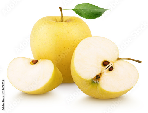 Foto Ripe yellow apple fruit green leaf, slice and half with slices isolated on white