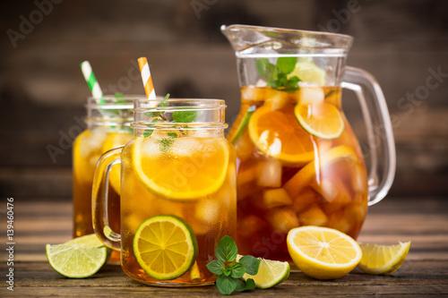herbata-mrozona-z-cytryna-limonka-i-mieta