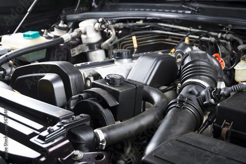 Zdjęcie XXL Zamyka w górę szczegółu samochodowy silnik