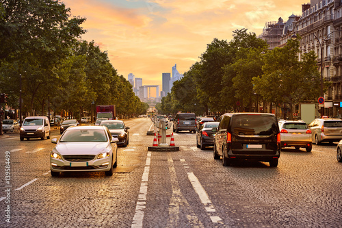 Fotografía Champs Elysees avenue in Paris France