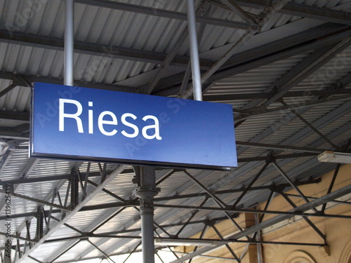 Staande foto Treinstation Riesa Bahnhof