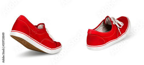 Fotomural  empty red ghost shoe sneaker walking away isolated on white background / Geister