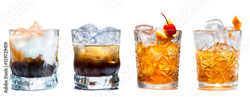 Fotografia, Obraz Set of alcoholic cocktails isolated on white background
