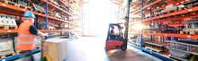 Logistik Im Warenlager - Arbei...