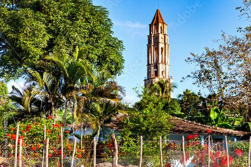 mata magnetyczna Trinidad, Cuba: Manaca Iznaga tower in Valle de los Ingenios valley