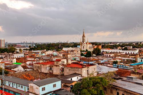 In de dag Havana Cuba / Camaguey (UNESCO World Heritage Centre) from above at sunset