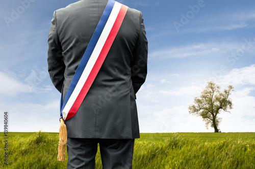 Fotografering  maire élu village campagne élection rural vote voter parti politique france fran
