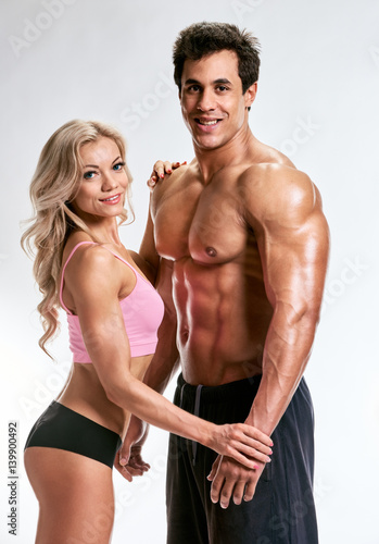 Fototapety, obrazy: Young fitness couple
