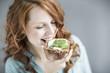 canvas print picture - Frau beim Essen