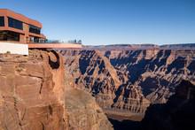 Skywalk Glass Observation Brid...