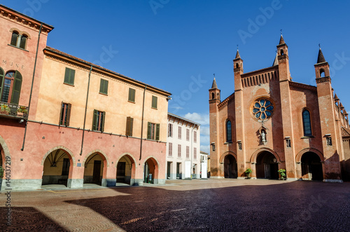 Photo Piazza Risorgimento, main square of Alba (Piedmont, Italy) with Saint Lawrence c