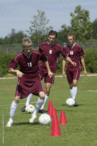 Fotografiet  Kickers exercising