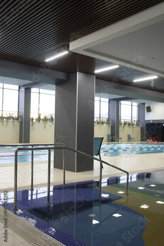 Poster Airport Interior of a public swimming pool