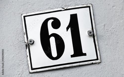 Tela  Hausnummer 61