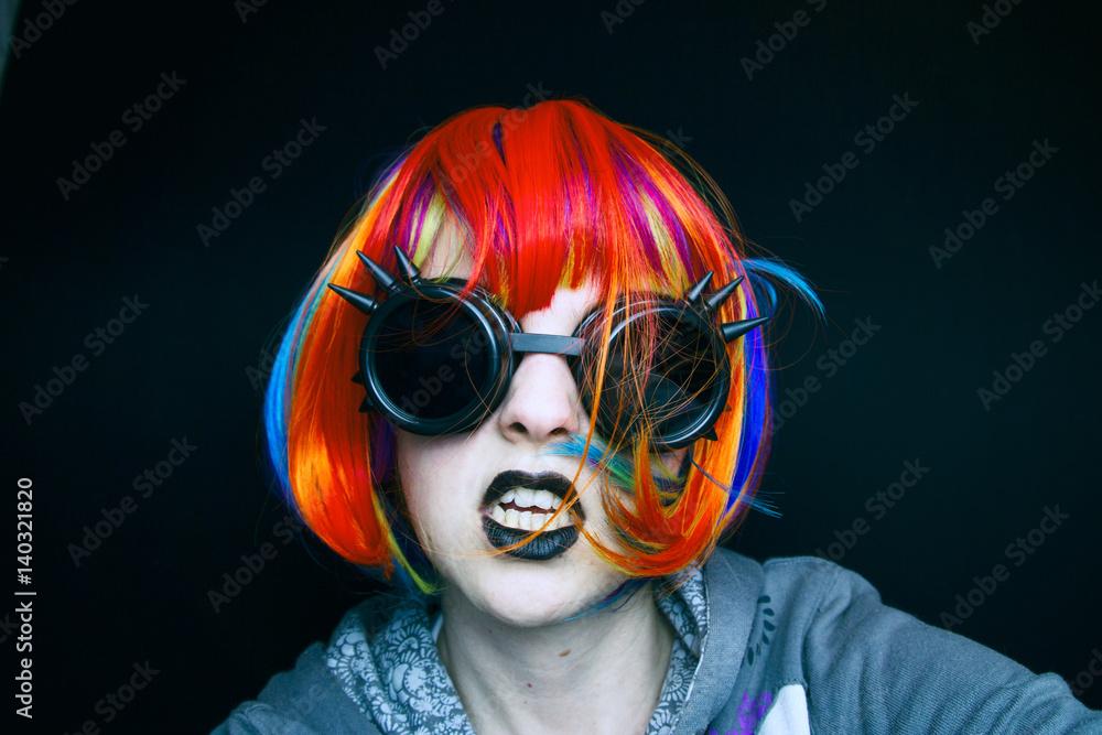 Portrait Eines Jungen Mädchens Verkleidet Als Punk Foto