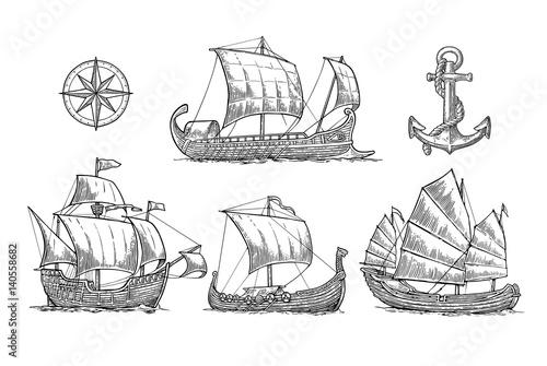 In de dag Schip Trireme, caravel, drakkar, junk. Set sailing ships floating sea waves.