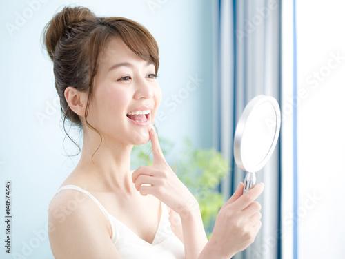 Fotografie, Tablou ビューティー・鏡で見る女性