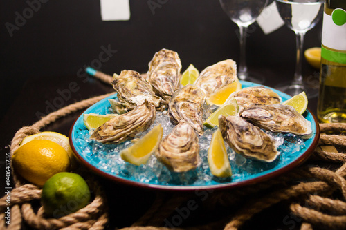 Poster Coquillage oysters with ice and lemon