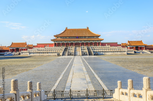 Photo Stands ancient royal palaces of the Forbidden City in Beijing,China