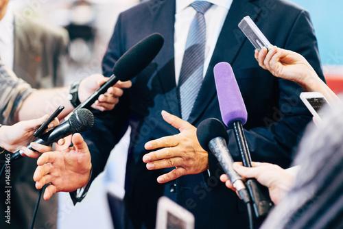 Fényképezés Media Interview