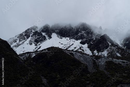 Sealy Range in Mist Tableau sur Toile