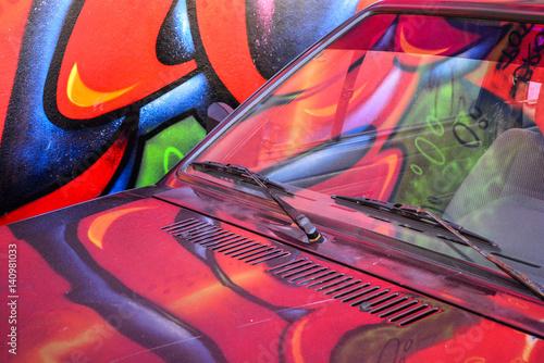 Foto op Aluminium Graffiti graffiti reflection on the car