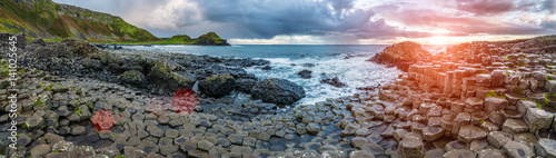 In de dag Noord Europa The Giant's Causeway in the morning.