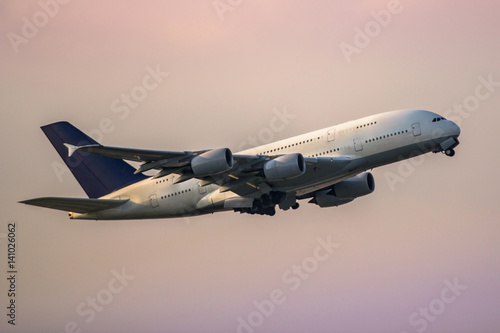 Fotografia  Airplane taking off